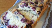 EASY BLACKBERRY POUND CAKE
