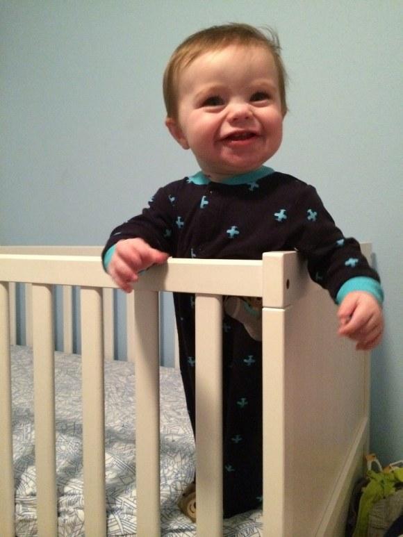 crib stand