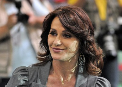Comaneci is Official Spokesperson of the 2017 Artistic Gymnastics World Championships | The ...