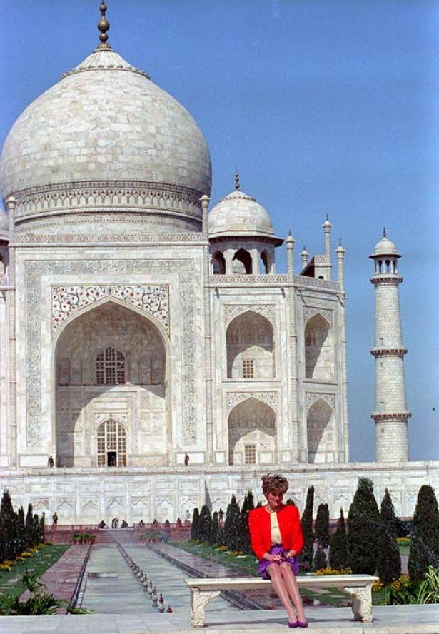 Princess Diana at the Taj Mahal in XXXX
