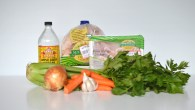 The Style Trust_Best Chicken Broth Recipe_featured