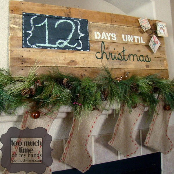 Days-Till-Christmas-Pallet-Sign-from-Too-Much-Time-On-My-Hands-5-copy