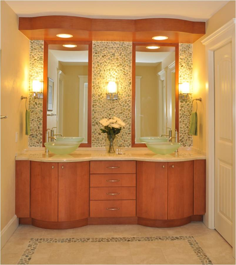 Custom bathroom design ideas the tailored pillow of for Florida bathroom designs