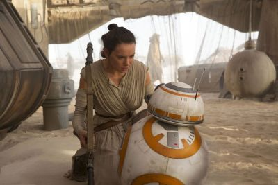 "9 Things I Noticed The Second Time Around in ""Star Wars: The Force Awakens"""