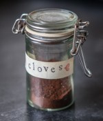 Cloves-Vertical