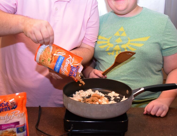 Preteens can cook! My son made Salsa Chicken Fried Rice w @UncleBens #BensBeginners #ad