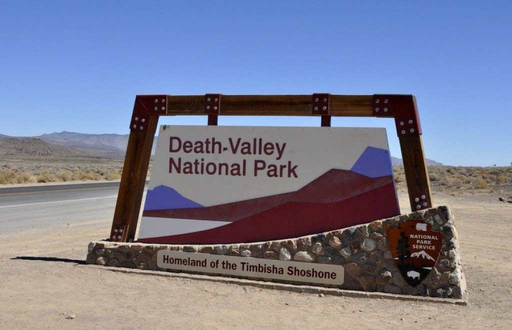 Death-valley-national-park-sign