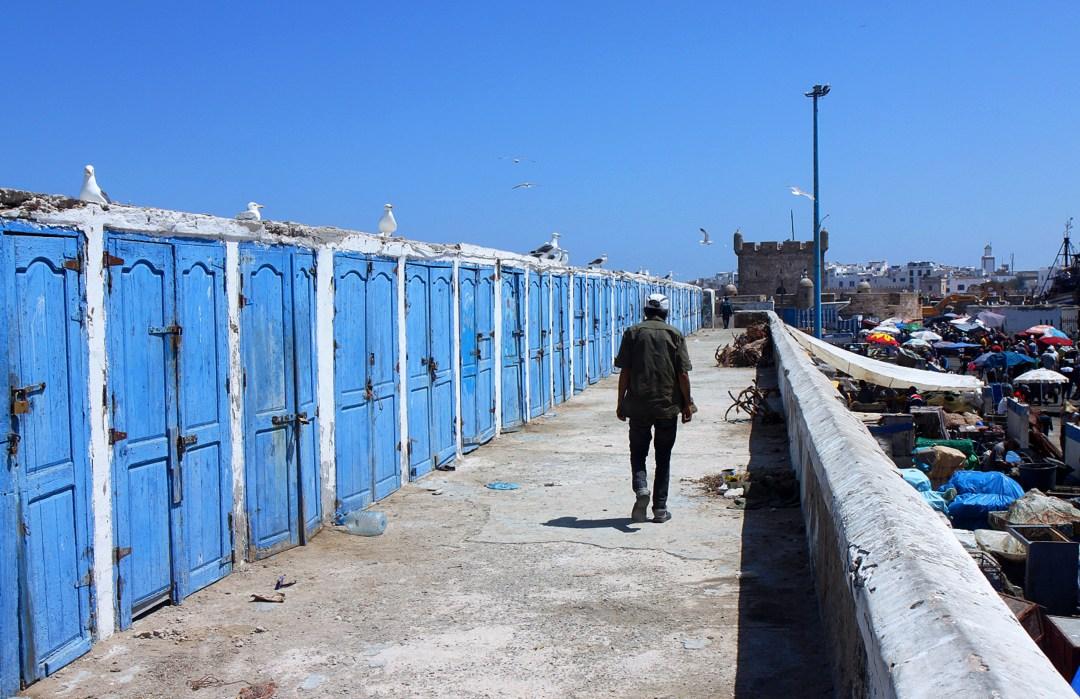 Blue photo opps Essaouira - the traveloguer travel blog