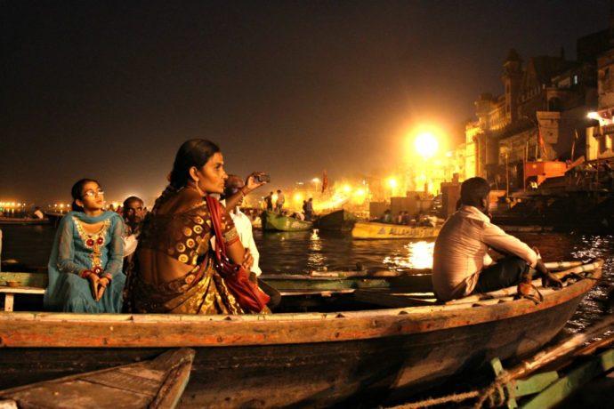 India Varansi boat