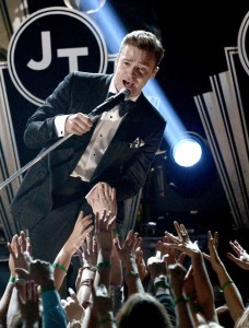 "Justin Timberlake performed ""Suit & Tie"" with Jay-Z at the 55th Annual Grammy Awards. He also debuted ""Pusher Love Girl,"" which will be featured on his upcoming album."