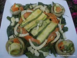 Ανοιξιάτικη σαλάτα με μαριναρισμένα λαχανικά - Spring salad with marinated vegetables