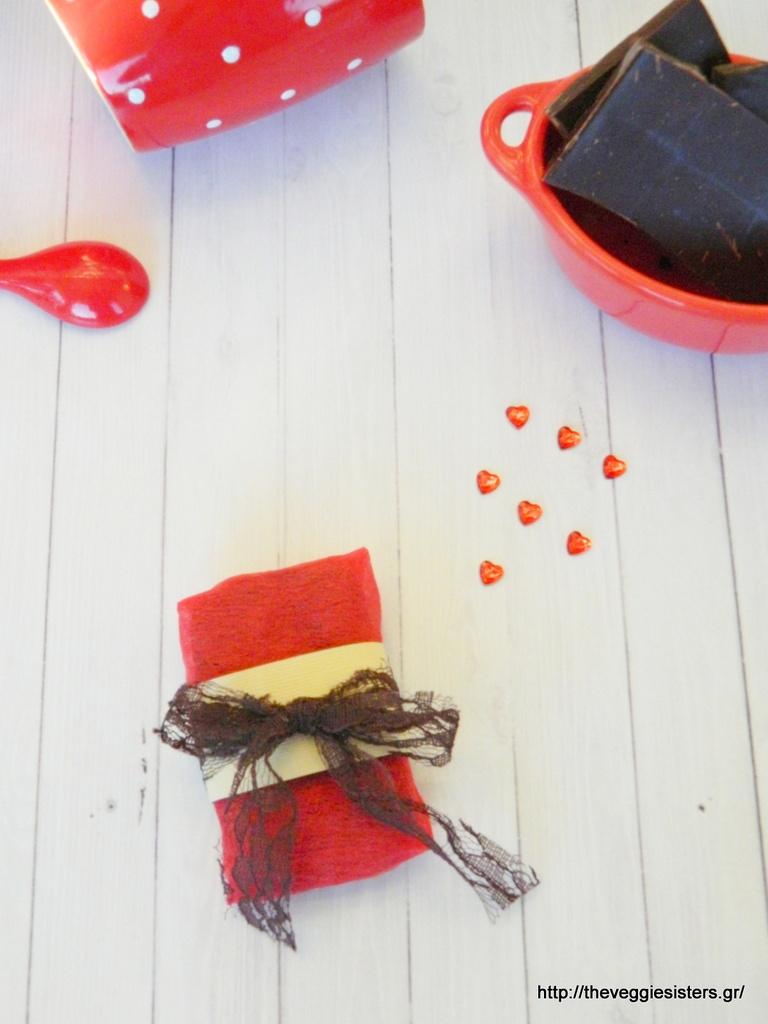 Υγιεινές σοκολάτες για αυτούς που αγαπάτε από τα χεράκια σας