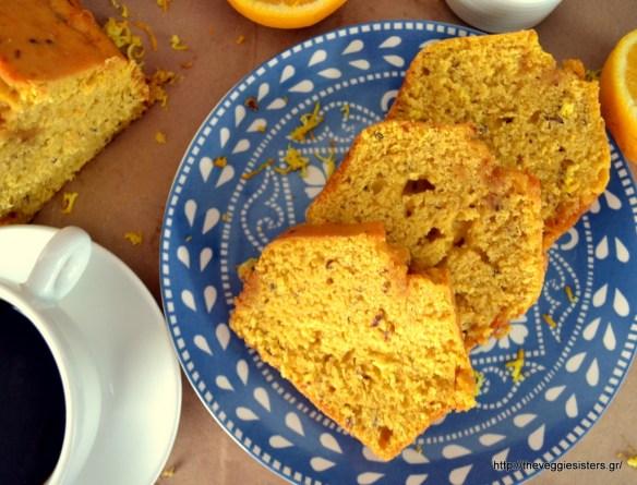Νηστίσιμο ελαφρώς σιροπιασμένο κέικ πορτοκαλιού