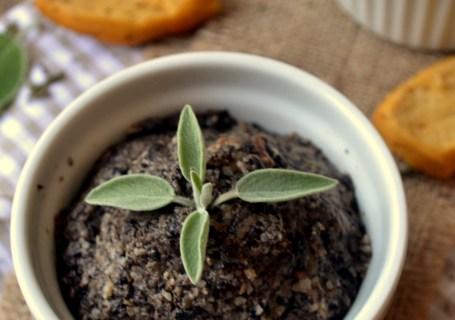 Πατέ με μανιτάρια κ ξηρούς καρπούς