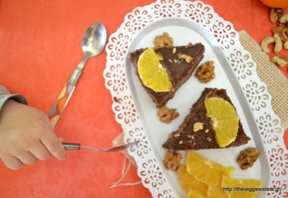 Παιδική τούρτα χωρίς ζάχαρη κι αλεύρι