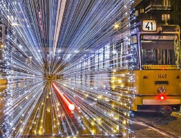 Top 10 Extended Exposure Images of Christmas Trams