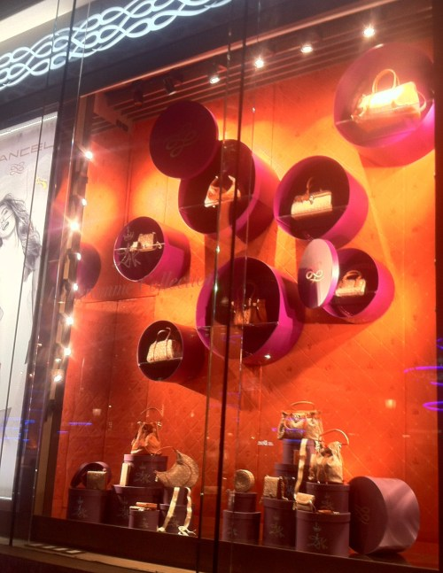 Sephora, Paris, Escaparates, The visual Corner, Mercy Guzmán, Visual Merchandising, Windows, Moda, Luis Vuitton, Escaparates comerciales, Lancel, Dalí, Campos Elyseos, Champs Elysees, Publicis, Guerlain, LED, Hugo Boss, BOSS, Morgan