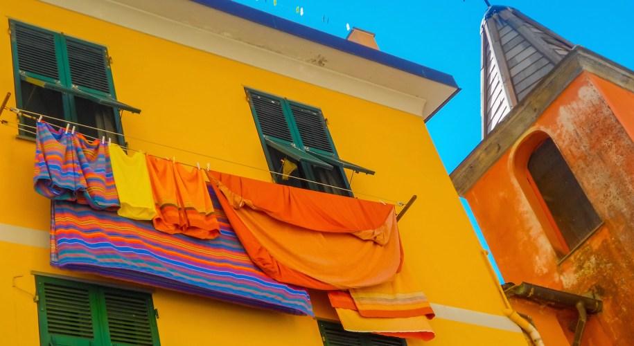 Riomaggiore Cinque Terre Italy Header 3