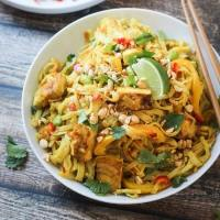 Tofu Curry Noodles with Vegetables