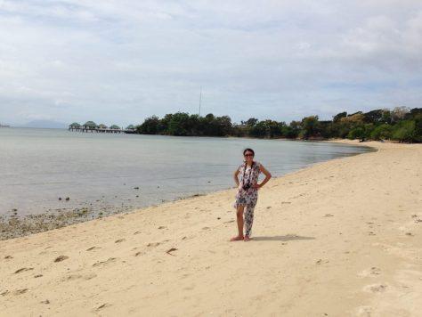 Calatagan Beach: Manuel Uy Beach front