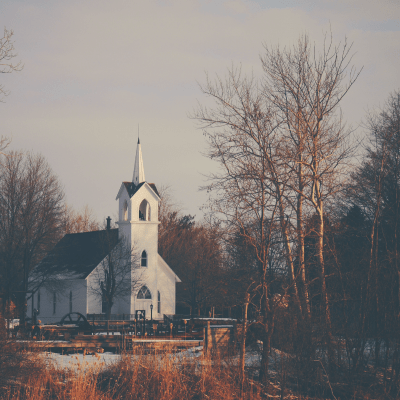 Wedding Chapels in Michigan: 8 Ideas for Your Big Day