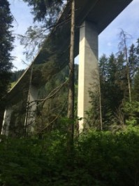 I-90 passes overhead early in the hike