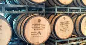 woodinville-whiskey-barrels-f