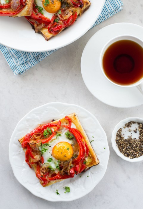 Roasted Red Bell Pepper & Egg Galette