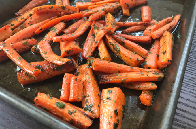 Roasted Parsley Carrots