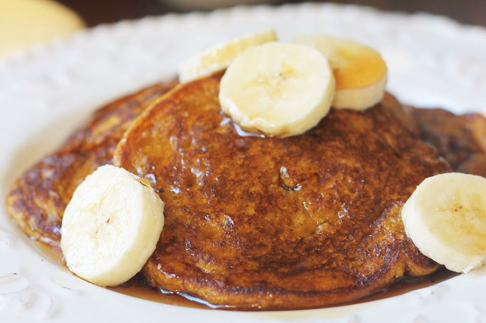 Pumpkin-Banana-Pancakes-Close-up