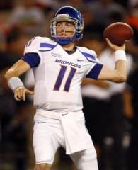 kellen moore boise state qb Boise State Bowl Game 2010: Breaking Down the Broncos and Utes in the Las Vegas Bowl