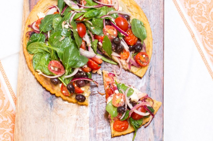 Socca Pizza with Spinach, Tomatoes, Olives and Feta | #SundaySupper