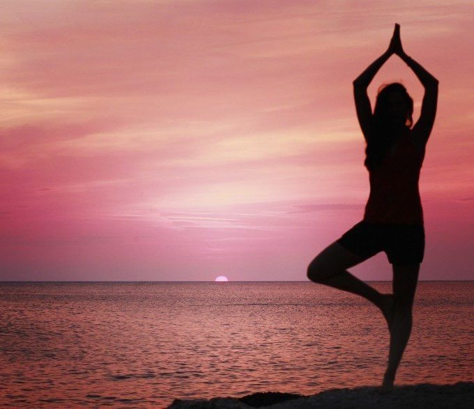 Three-Yoga-Poses-to-Support-Your-Recovery-800x588