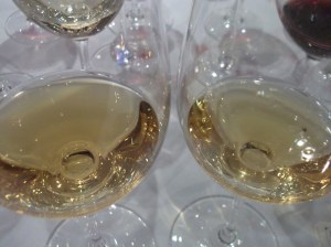 Hugel gewurz, '76(l) '07(r) 