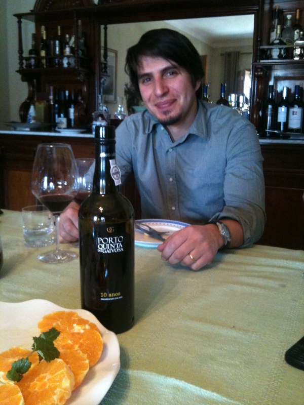 Tiago, his tawny and the oranges