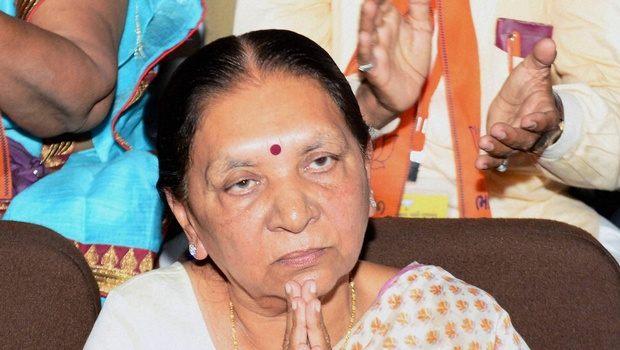 Anandiben decides to quit as Gujarat CM