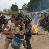 Security Forces in Chhattisgarh Burn Effigies of Petitioners, Journalist, Activists #WTFnews