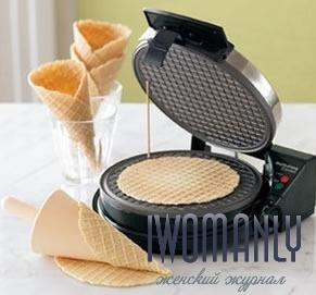 Приготовление вафель в электровафельнице