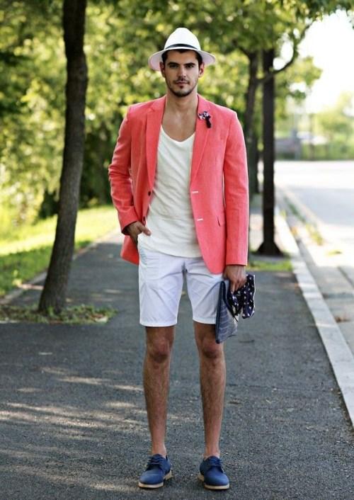 пиджак-футболка-с-круглым-вырезом-шорты-туфли-дерби-мужской-клатч-шляпа-original-12887