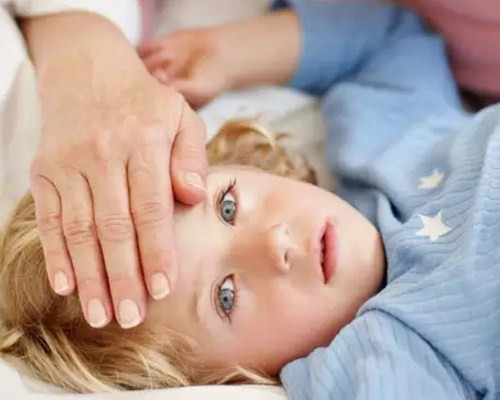 Первые симптомы менингита