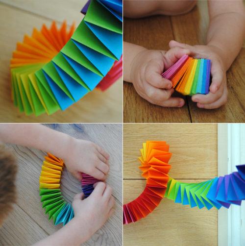 Смотреть как сделать украшения из бумаги