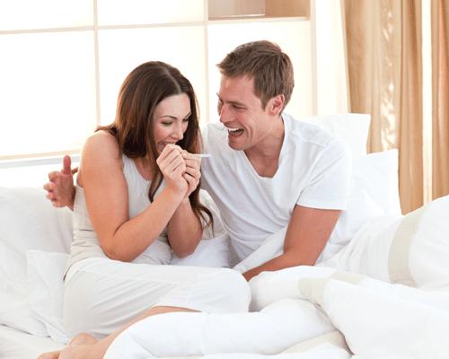 На каком сроке гинеколог может увидеть беременность