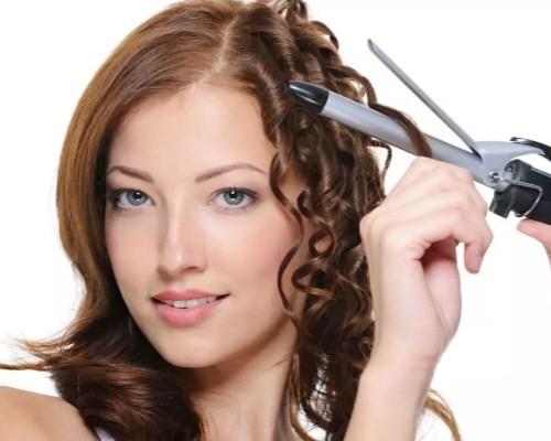 Как сделать объёмную причёску на короткие волосы