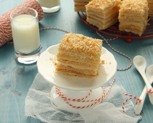 слоеный торт наполеон классический пошаговый рецепт