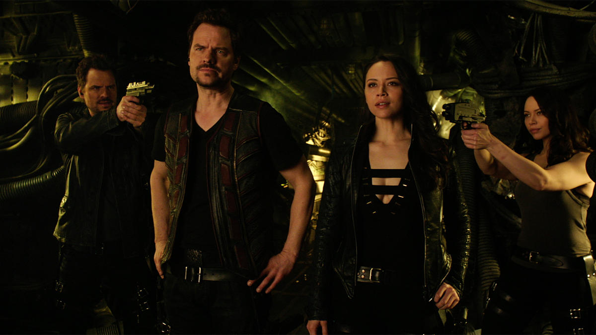 "TV Review: Dark Matter (2x08) ""Stuff to Steal, People to Kill"""