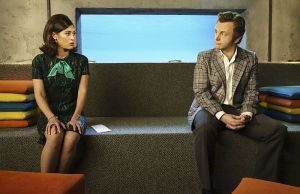Lizzy Caplan as Virginia Johnson and Michael Sheen as Dr. William Masters in Masters of Sex (season 4, episode 1) - Photo: Warren Feldman/SHOWTIME - Photo ID: MastersofSex_401_0866