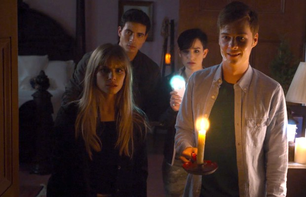 "TV Review: Scream (2x13-14) ""Halloween Special"""