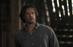 """Supernatural -- """"Keep Calm and Carry On"""" -- SN1201b_0127.jpg -- Pictured: Jared Padalecki as Sam -- Photo: Katie Yu/The CW -- © 2016 The CW Network, LLC. All Rights Reserved"""