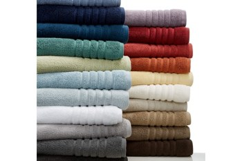 Step Into Spring With These Bath Towels