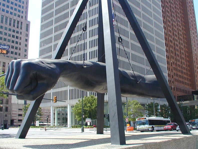 Robert Graham. Monument to Joe Louis, 1986. Photo: Newsone.